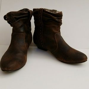 Mudd Slouch Booties